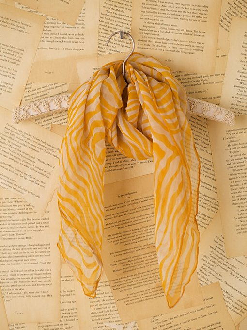 Vintage Yellow and White Scarf in Vintage-Jewelry