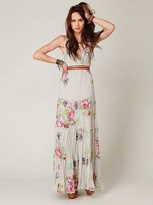 Hinted Florals Maxi Dress