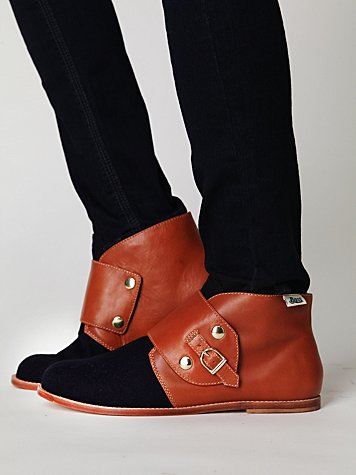 Bass Sloane Ankle Boot