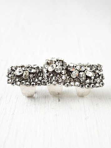 Andromaque Claw Ring