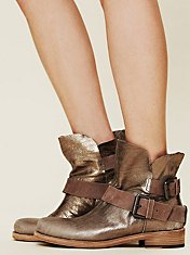 Skye Metallic Boot