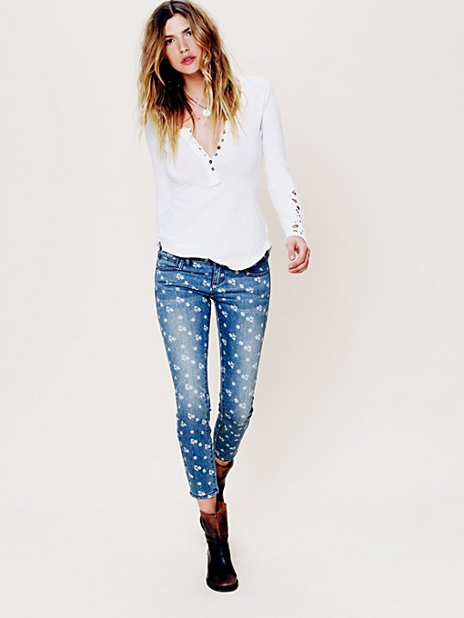 Ditsy Floral Ankle Crop in denim