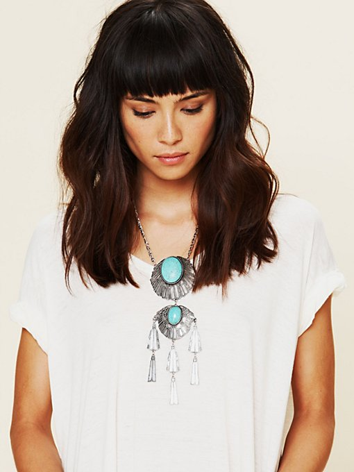 Metal Stone Fringe Necklace