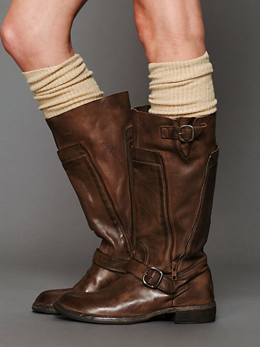 Sutton Zip Mid Boot