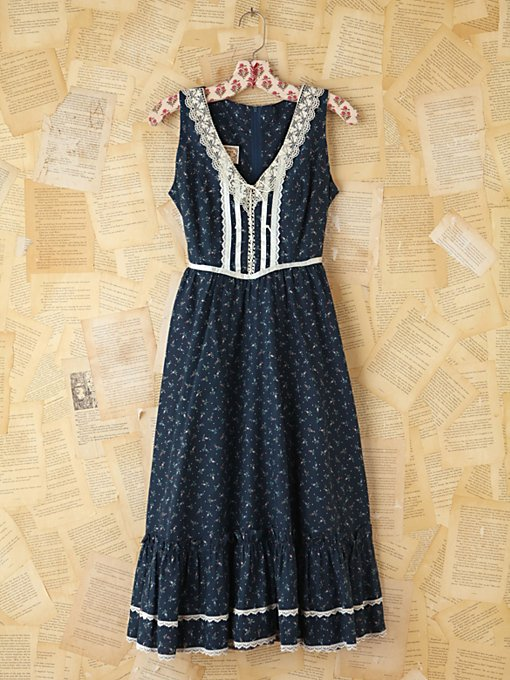 Vintage Floral Printed Dress in Vintage-Loves-dresses