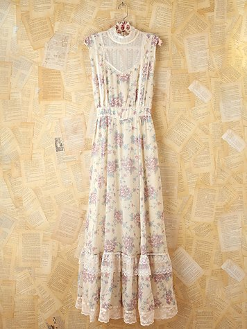 Vintage Lavender Floral Maxi Dress