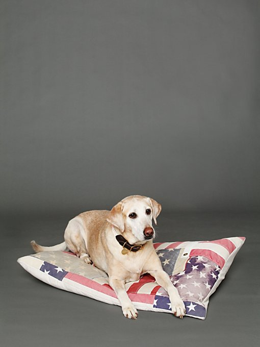 And Cake Vintage Flag Dog Bed in Pet-Beds