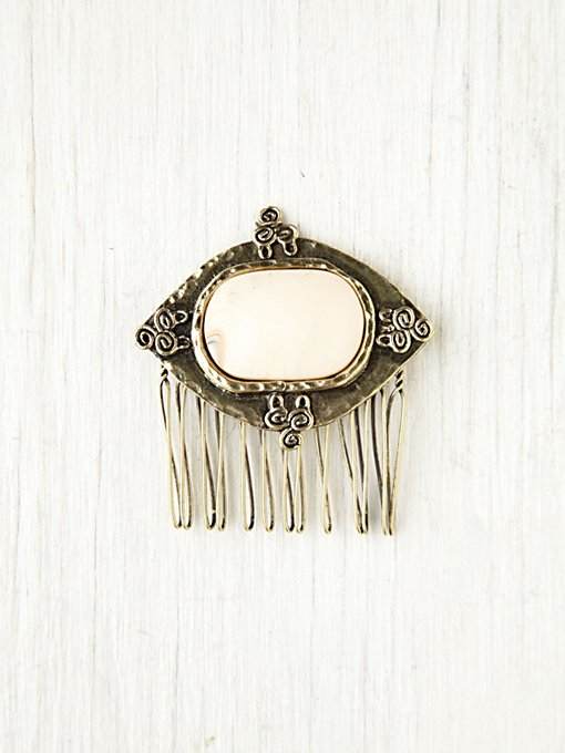 Side Comb in Hair-Accessories