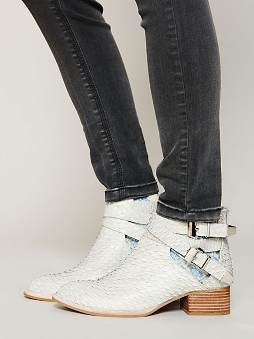 Overland Ankle Boot in shoes-boots