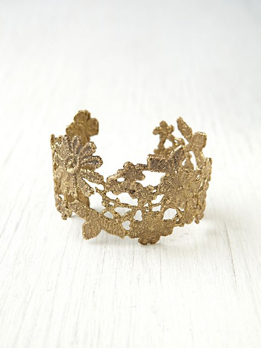 Alkemie  Lace Cuff in bracelets