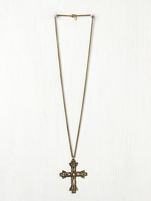 Dudine Colonial X Pendant in jewelry