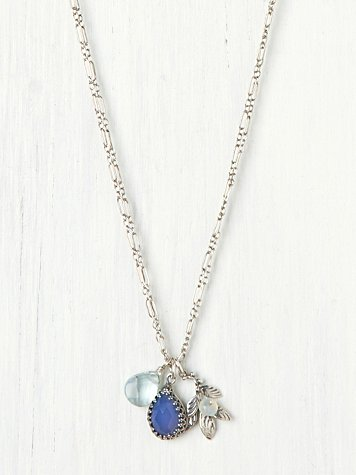 Tear Drop Leaf Necklace