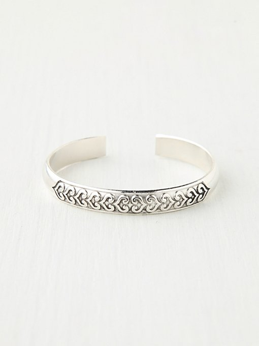 Novelty Metal Cuff in jewelry