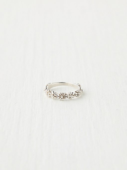 Stacking Delicate Ring in rings