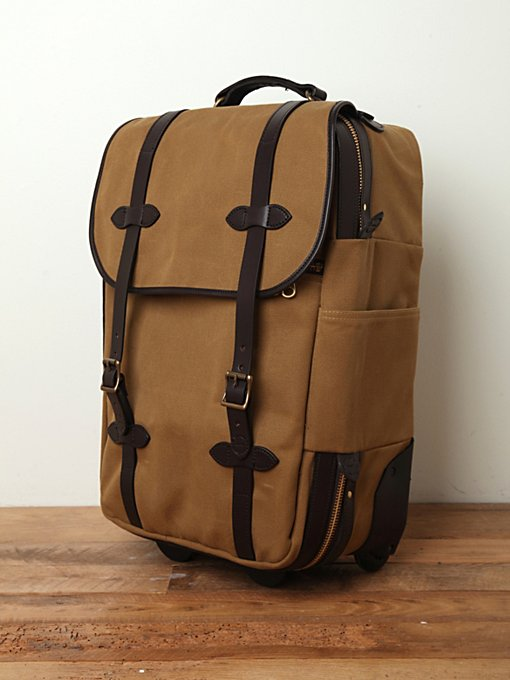 Filson  Carry Bag in handbags